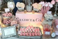 Pretty Table Display!....except it would be....Lisa & Co.