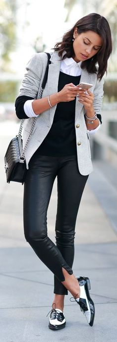 Classic Black&white..and the shoes | Pop fall outf...