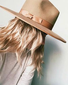 O Cowboy, Best Winter Hats, Teak, Summer Hats For Women, Black Fedora, Head Scarf Styles, Outfits With Hats, Girly Outfits, Stylish Outfits