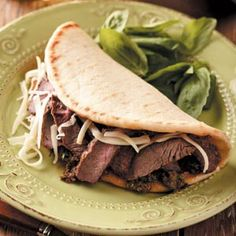 Tuscan Steak Flatbreads. I wonder how this would be with some homemade greek taziki sauce? yummy!!