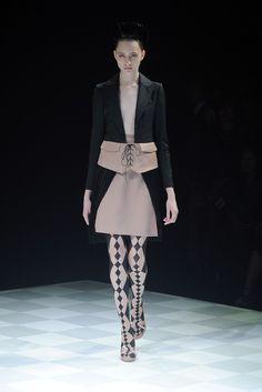 Motonari Ono RTW Spring 2014 - Tokyo Fashion Week
