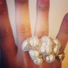 @by_couture This @bibivdv ring makes us feel like we're on cloud nine! #couturedailydose #showyourcouture #bibivandervelden @sophielouisekerr6