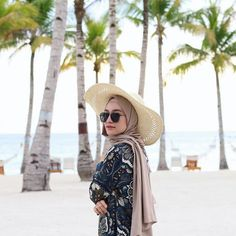 Fashion style inspiration casual hats 50 Ideas for 2019 Hijab Fashion Summer, Muslim Fashion, Summer Dress Outfits, Casual Summer Dresses, Beach Dresses, Dress Summer, Fall Outfits, Casual Hijab Outfit, Ootd Hijab