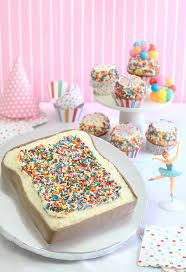 ♡ Cotton candy : Sprinkle Bakes: Fairy Bread Party Cake and a Hey YoYo Giveaway Fairy Bread, Sprinkle Party, Dessert Blog, Dessert Table, Bread Cake, Mini Cheesecakes, Celebration Cakes, Birthday Celebration, Cakes And More