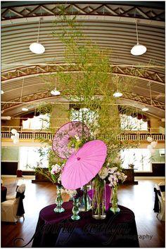 centre-de-table-ombrelle-violette-papier