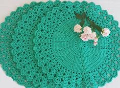 Napkins Set, Tree Skirts, Christmas Tree, Kids Rugs, Holiday Decor, 1, Instagram, Happy Colors, Table Scapes