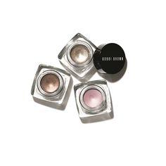 Metalik göz makyajının püf noktaları
