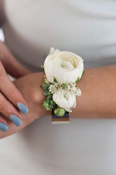 Send Botanical Corsage on a Silver Cuff - Pick Up Only in Lebanon, OH from Flowers from the Rafters, the best florist in Lebanon. All flowers are hand delivered and same day delivery may be available. Ranunculus Boutonniere, Ranunculus Wedding, Prom Corsage And Boutonniere, Bridesmaid Corsage, White Ranunculus, Corsages For Homecoming, Boutonnieres, Crosage Prom, Ranunculus Centerpiece