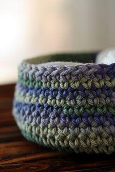 crochet box by mellow_stuff, via Flickr