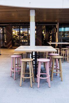 Barstool 1.3 BAR by ZEITRAUM MLC Centre – Sydney Planer: Luchetti Krelle Foto: Michael Wee