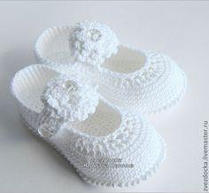 """Купить пинетки - туфельки """"Белый цветок"""" - пинетки, новорожденным, вязаная обувь, подарок новорожденному"""