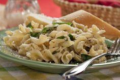 There are so many reasons you're gonna love our light, yet hearty Easy Cheesy Italian Noodles. From the lively flavor combo of the herbs and spices, to the full-flavored Parmesan cheese, this one can't be beat.