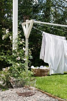 How To Build A Clothesline How To Make A Clotheslinebeen Needing One For A Couple Years Now