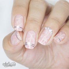 marble nail art designs | simple | pink | #rhinestone | diamond | gems | jewels | silver | gel polish | acrylic