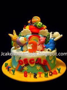 Happy birthday Oscar Thanks Cherie for ordered. Hand craft Pororo the little Penguin,Crong, Eddy,Poby, Loopy and . Friends Birthday Cake, Friends Cake, 3rd Birthday, Arctic Penguins, Desserts, Crafts, Food, Homemade Toys, 3 Year Olds