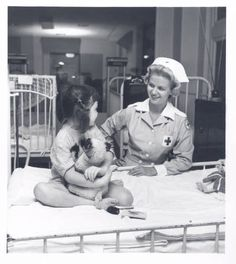American Red Cross worker, St. Louis Children's Hospital. Undated.   Becker Medical Library