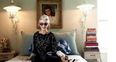 Linda Rodin - New York fashion stylist and founder of beauty range Olio Lusso Fashion Stylist, New York Fashion, Long Silver Hair, Rodin, Sustainable Clothing, Clothes Horse, Portrait Photography, Personal Style, Stylists