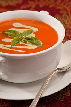 classic creamy tomato soup - dairy free