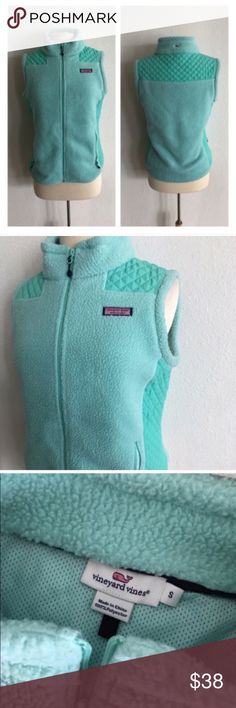 "🆑Vineyard Vines vest Vineyard Vines vest. Size S. Measures 24"" long with a 38"" bust. 100% polyester. Two pockets. This has a little bit of stretch. Great used condition! Teal colored 🚫NO TRADES 💲Reasonable offers accepted 💰Ask about bundle discounts Vineyard Vines Jackets & Coats Vests"