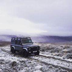 Perfect for those crisp, frosty mornings. #GoAnywhere - #TwistedDefender #Lifestyle #Autumn #Winter #Frost #BestOfBritish #Style #4x4 #Handmade #Handcrafted #DefenderRedefined #Details #Yorkshire #OffRoad #OffRoading #LandRoverDefender #Defender #LandRover #Twisted #Car #Automotive #AntiUrban #Outdoors