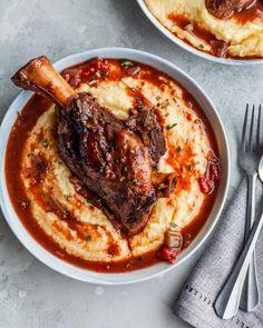 Recipe: Rosemary Braised Lamb Shanks with Creamy Polenta Best Lamb Recipes, Ground Lamb Recipes, Lamb Ribs, Lamb Chops, Lamb Pasta, Parsnip Puree, Braised Lamb Shanks, Stuffed Grape Leaves, Lamb Burgers