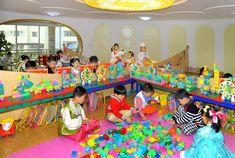 해님의 축복속에 밝게 자라는 경상유치원 어린이들