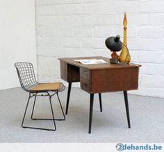Tweedehands catch of the week: vintage bureautafeltje - Tweedehands catch of the week - Lifestyle - Home - ELLE België