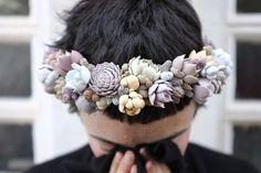 Corona de flores de suculentas o crasas · Flowers by Bornay · Tendencias de Bodas Magazine