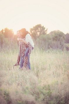 This engagement shoot kind of makes me want a summer engagement shoot now instead of winter. #countrythang #countrycouple #engagementphoto #country
