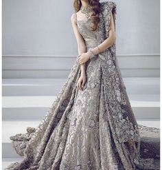 Luxury fashion brand renowned for its intricately detailed and luxurious evening and bridal wear and tastefully body-conscious silhouettes. Pakistani Wedding Dresses, Pakistani Outfits, Indian Outfits, Shadi Dresses, Indian Dresses, Engagement Dresses, Afro, Bridal Lehenga, Anarkali Lehenga