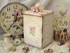 http://cs1.livemaster.ru/storage/a3/df/9362cb17639dfad89ed8dc2410-dlya-doma-interera-korob-shabby-rose.jpg