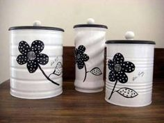 50 Crafts and Projects Using Recycled, Repurposed, & Upcycled Cans {Saturday Inspiration & Ideas « Decor Diy Best Recycle Cans, Diy Cans, Tin Can Crafts, Diy And Crafts, Formula Can Crafts, Baby Formula Cans, Tin Can Art, Pot A Crayon, Altered Tins