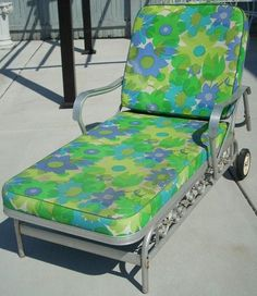 Vtg aluminum bunting lounge chair rolling chaise patio for Chaise eames pied metal