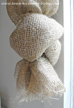 No-Sew Landscape Burlap Swag Curtains How to knot the end of landscape burlap curtain swags Swag Curtains, No Sew Curtains, How To Make Curtains, Window Curtains, Curtains Living, Blackout Curtains, Burlap Window Treatments, Custom Window Treatments, Window Coverings