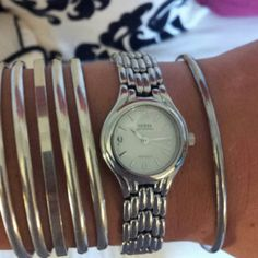 Beautiful stainless guess Never worn stainless guess watch, needs new battery Guess Jewelry