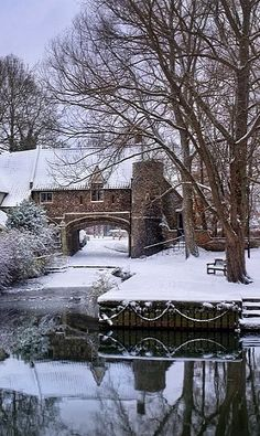 We wish we were walking in this winter wonderland! // Pulls Ferry in winter, Norwich, Norfolk, England Beautiful World, Beautiful Places, Winter Scenery, England And Scotland, Snow Scenes, Winter Beauty, British Isles, British Columbia, English Countryside