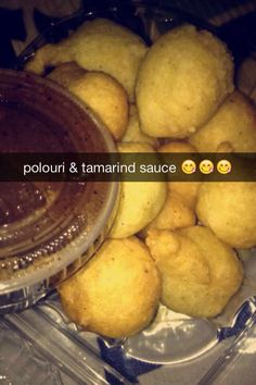 polouri & tamarind sauce