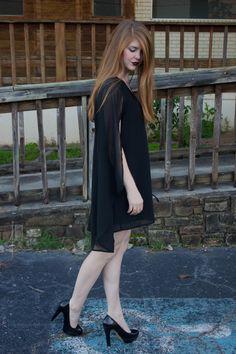 black cape dress, black patent heels, raybans
