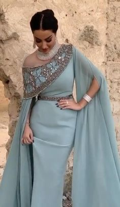 Stylish Dress Designs, Designs For Dresses, Stylish Dresses, Elegant Dresses, Indian Fashion Dresses, Abaya Fashion, Muslim Fashion, Fashion Outfits, Fashion Sewing