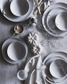 White Ceramics / Table Setting / Styling Via The Design Files