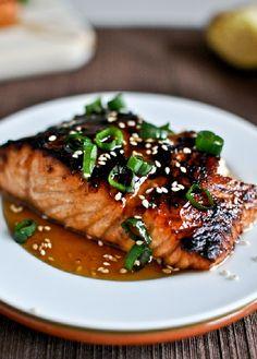Low FODMAP Recipe and Gluten Free Recipe - Sesame seed salmon with mirin http://www.ibs-health.com/low_fodmap_sesame_seed_salmon_mirin.html