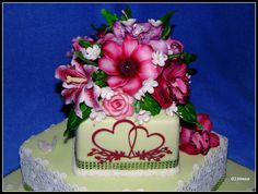 Happy Mothers Day, Cake Decorating, Desserts, Gifts, Tailgate Desserts, Deserts, Presents, Mother's Day, Postres