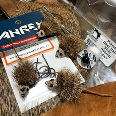 Mouserats... These little guys are tied on the new Ahrex TP610 Trout Predator hooks with the new Semperfli Nano Silk Predator Thread... The body is from Hareline\'s Premo Strip deer hair and they have thin cut leather tails and ears with UV resin eyes painted with a black sharpie. #pauliescustomflies #ahrexhooks #loonoutdoors #regalvise #harelinedubbininc #semperfli #trouteatmice #mousefly
