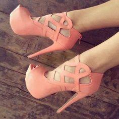 Gorgeous coral #shoes