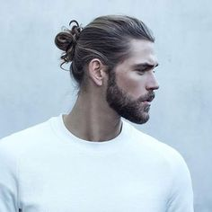 50 handsome man bun hairstyles men hairstyles world 80 best man bun haircuts for the stylish guys [february 30 … Hair And Beard Styles, Mens Long Hair Styles, Man Bun Styles, Long Beard Styles, Facial Hair, Haircuts For Men, Men's Haircuts, Bearded Men, Gorgeous Men