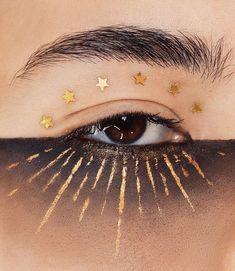 Eye make up - Makeup Inspo, Makeup Art, Makeup Inspiration, Makeup Tips, Beauty Makeup, Eye Makeup, Hair Makeup, Makeup Ideas, Vogue Makeup