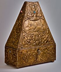 Arts and Crafts Russian Jewelry Box