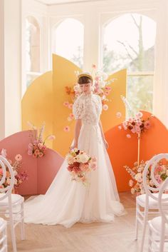 The Nobles Photography - A colorful, flower-filled spring editorial in shades of ochre, orange, and pink - 100 Layer Cake Floral Wedding, Wedding Colors, Wedding Unique, Wedding Backdrop Design, Ceremony Backdrop, Watercolor Wedding Cake, Flower Installation, Wedding Mood Board, London Wedding