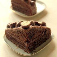 Maltesers Ovomaltine Layer Cake