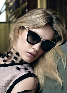 Italian fashion brand Prada has recently unveiled its spring-summer 2016 eyewear campaign, and the results are beyond striking. Photographed by Steven Miesel, the advertisements star Sasha Pivovarova, Yasmine Wijnaldum and Natalia Vodianova. Related: Prada Taps Sasha Pivovarova & Natalia Vodianova for Spring Focusing on eyewear with round frames and capped details, these styles are all …